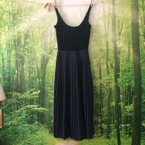 Dresses & Skirts - Vintage style lace and pleated navy blue dress